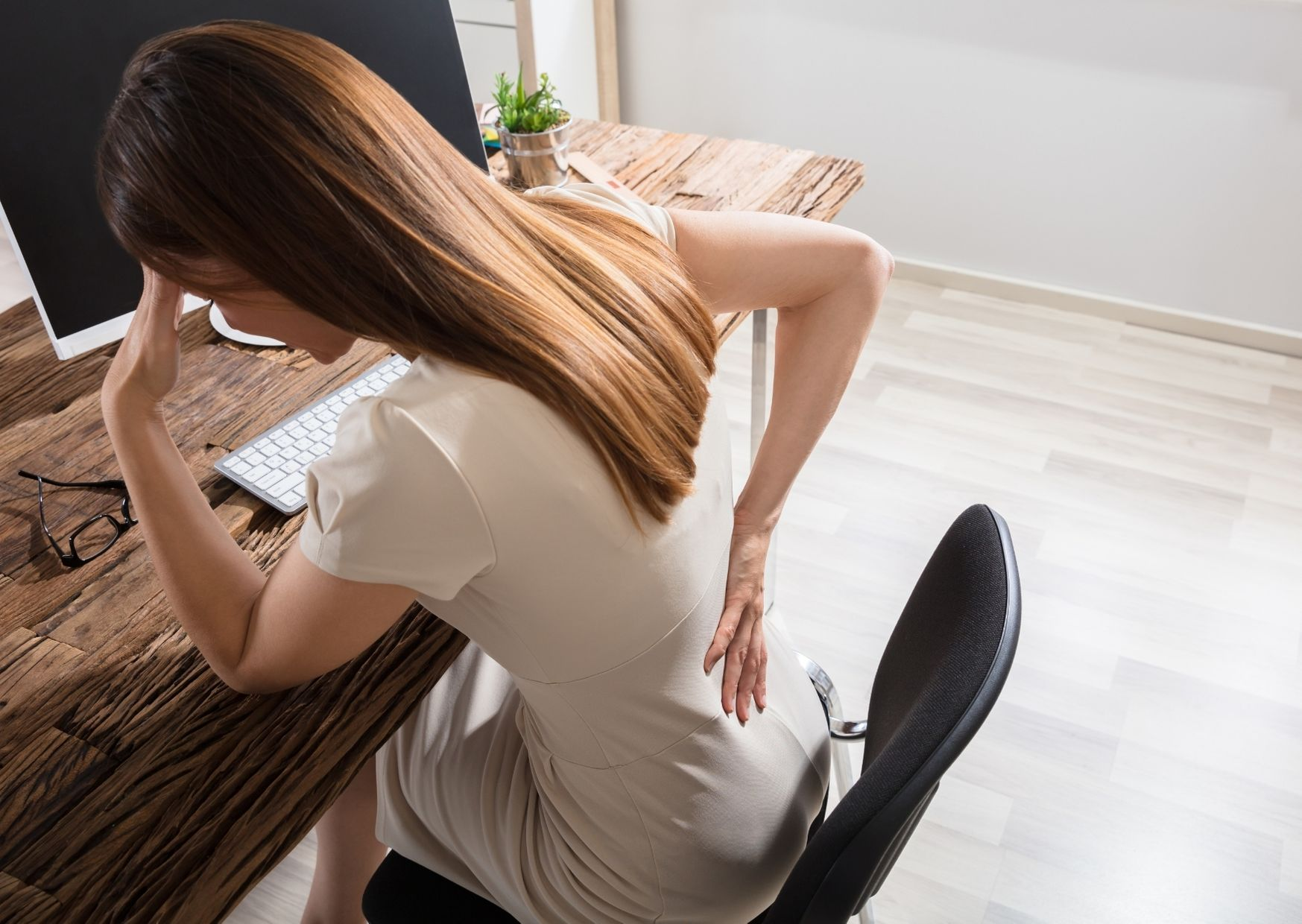Schreibtischblues – schnelle Übungen für Nacken & Schultern