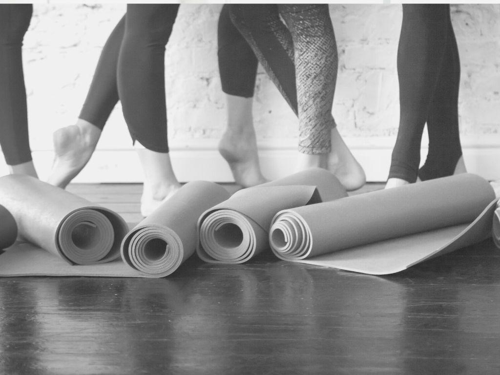 Yoga Pilates Osteopathie Münstrer Yogaraum am Rosenplatz