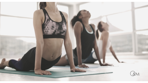 Yoga-Übung die Wirkung von Rückbeugen