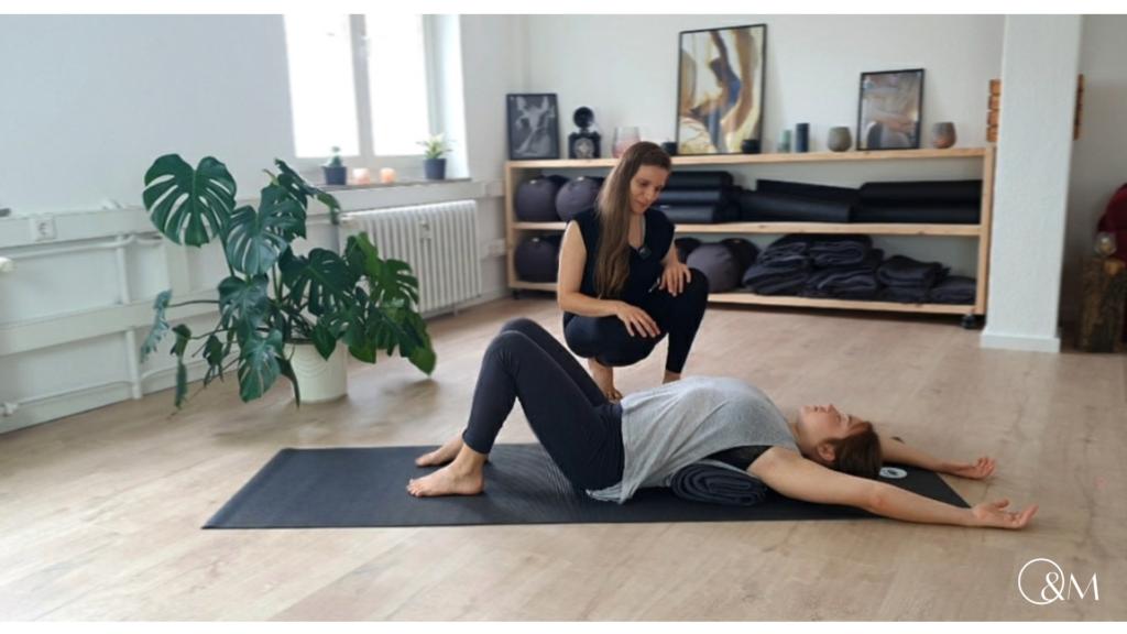 BWS Blockade selber lösen Lilly Rugg Osteopathie Yoga Münster